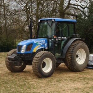 New Holland Tractor T4020 - Hire
